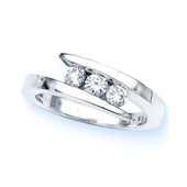 Picture of Three Stone Solitaire Ring - Variant 1