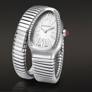 Picture of Woman's Sylish Bvlgari Watch - Grouped