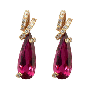 Picture of Classic Design Crystal Earring
